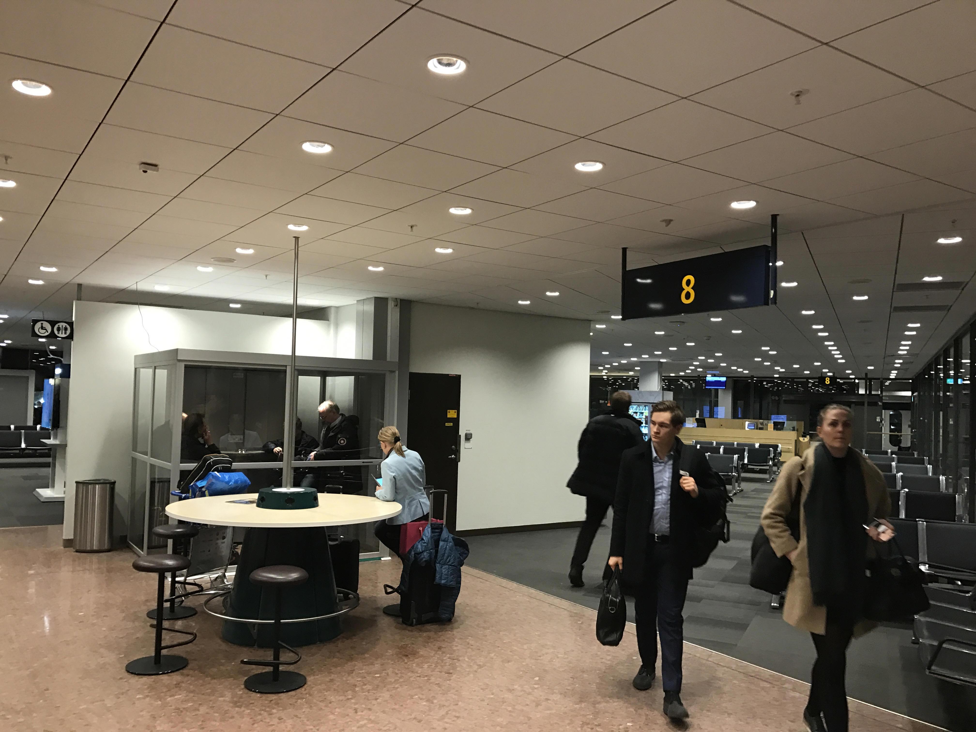 Karta Arlanda Terminal 5 Lounge.Smoking At Stockholm Arlanda Airport Arn