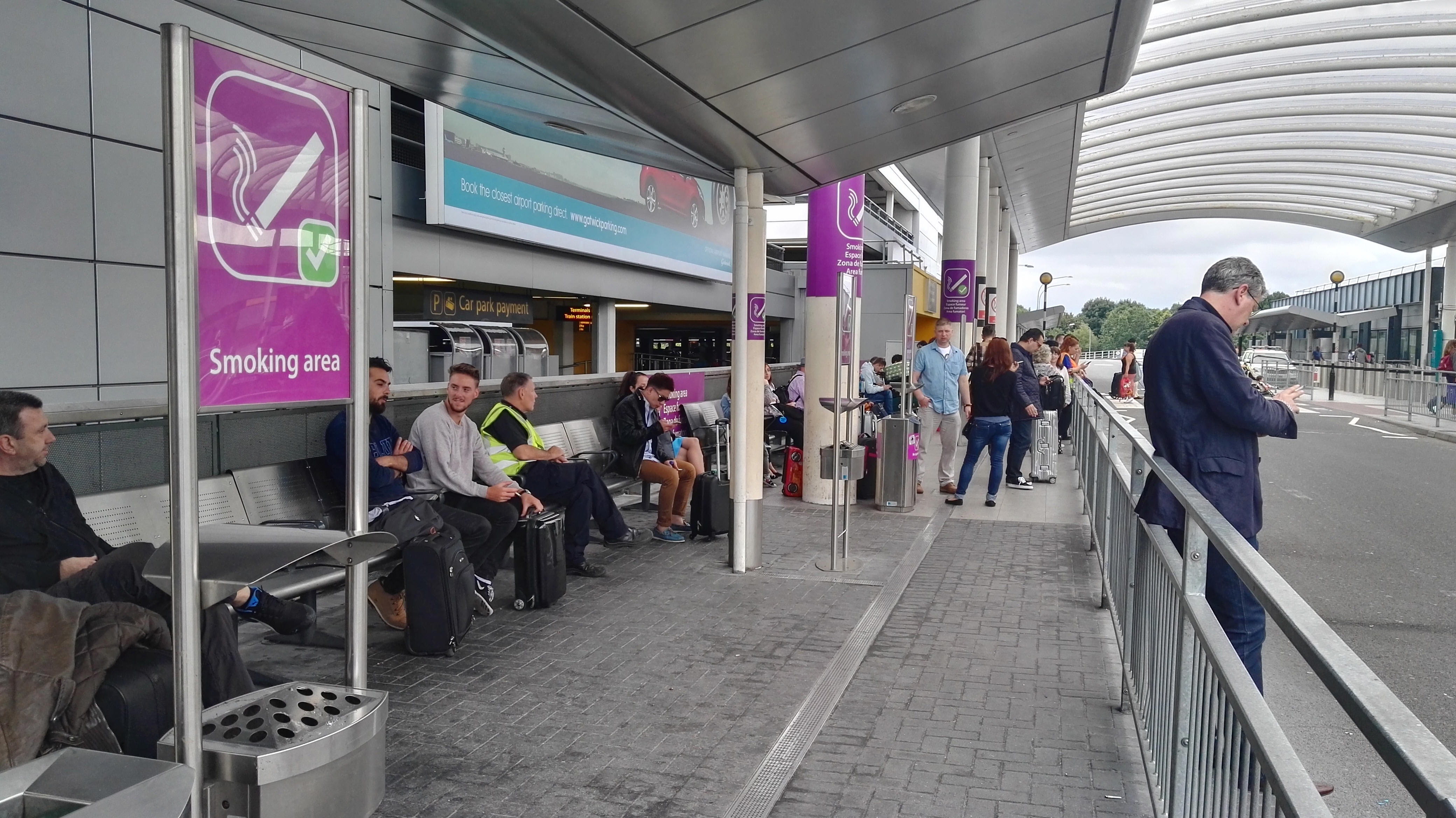 Airports With Smoking Areas